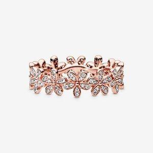 NWOT Rose Gold Daisy Flower Ring